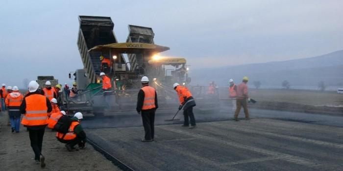 В Ханты-Мансийске построят 2 км дороги за 450 млн рублей