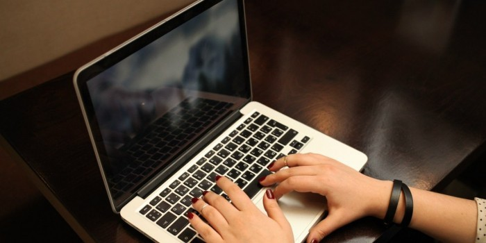 """В Госдуму внесен законопроект о блокировке """"зеркал"""" пиратских сайтов"""