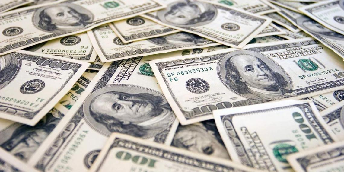 Богатейшие люди России потеряли $6 млрд по итогам года