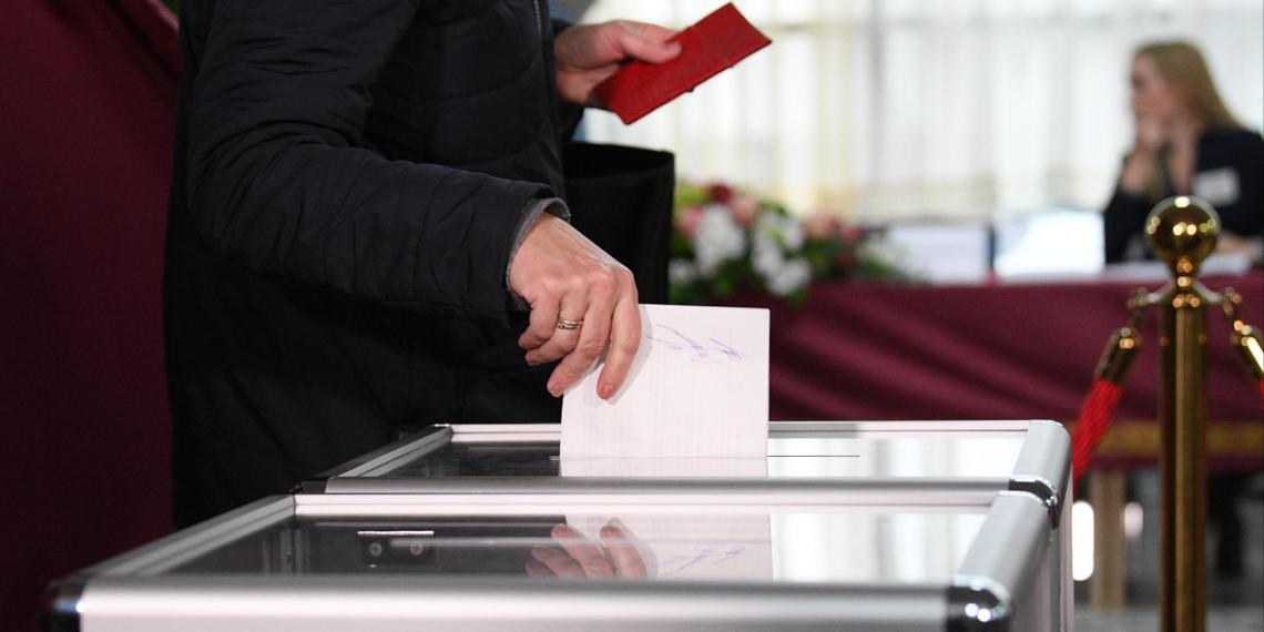 Москвичи рассказали о своих партийных предпочтениях перед выборами в Госдуму
