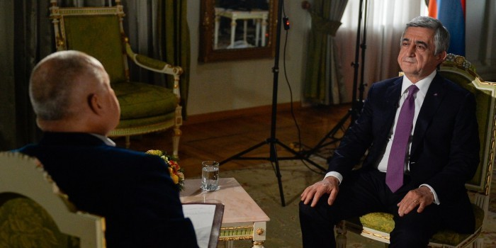 """Президент Армении объяснил размещение """"Искандеров"""" вынужденной мерой"""
