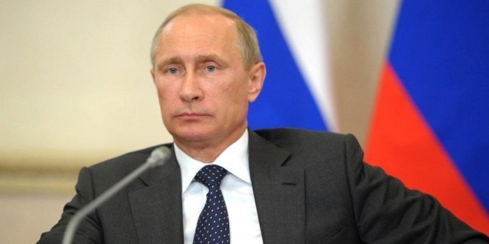 Путин поручил правительству создать образовательный интернет-портал