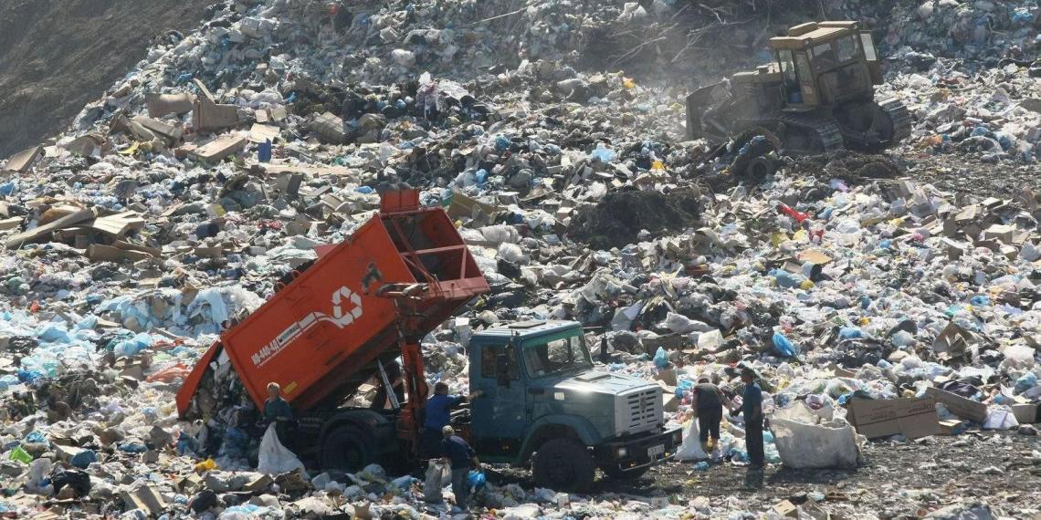 Минприроды предложило рекультивировать мусорные полигоны за счет россиян