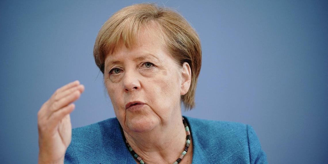 Меркель заявила о планах пересечь Россию по Транссибу