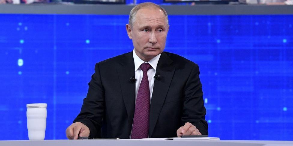 """Путин заявил, что привился """"Спутником V"""""""