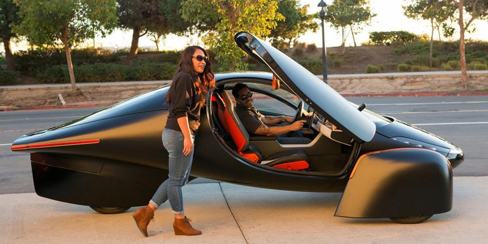 В США стартовали продажи не требующего зарядки электромобиля