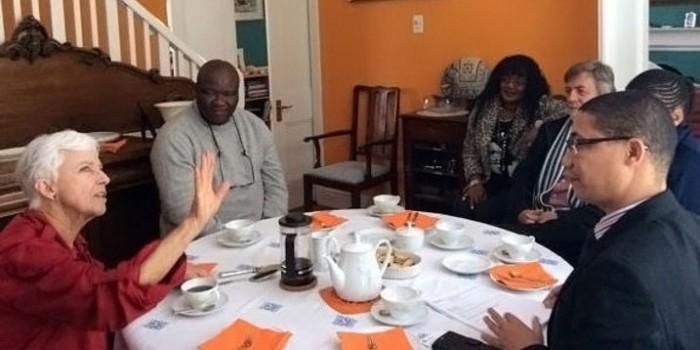 "В ЮАР 72-летняя ""бабушка-ниндзя"" избила грабителя"