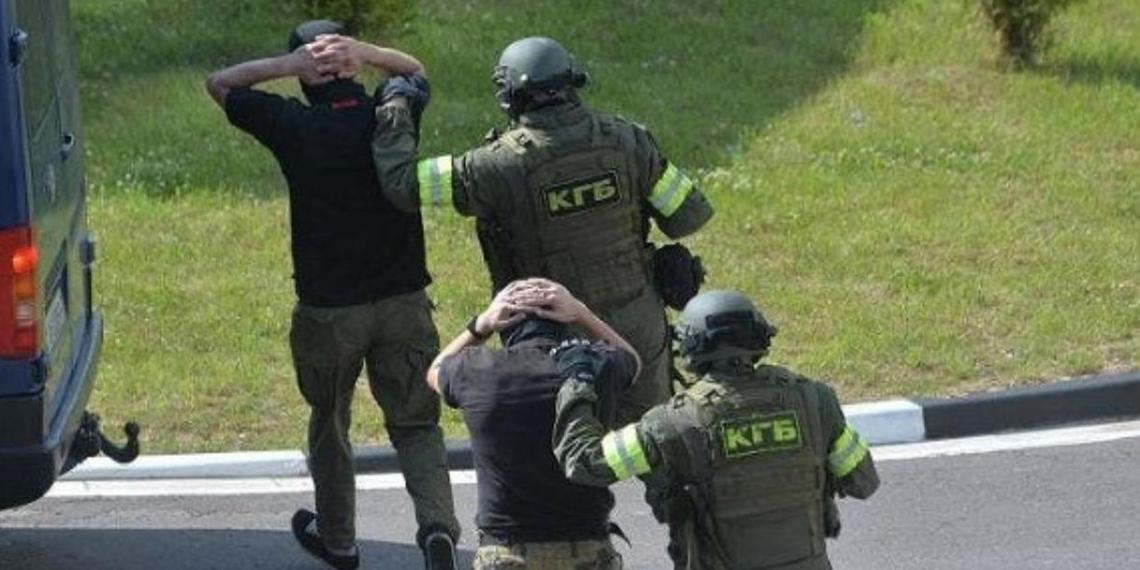 Против задержанных в Белоруссии россиян возбудили дело о подготовке теракта