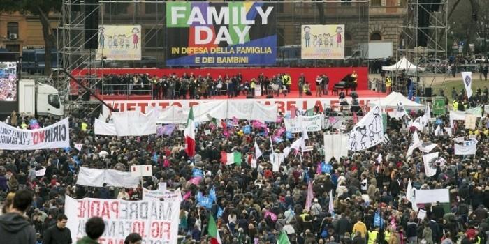 В Риме сотни тысяч человек вышли против легализации однополых союзов