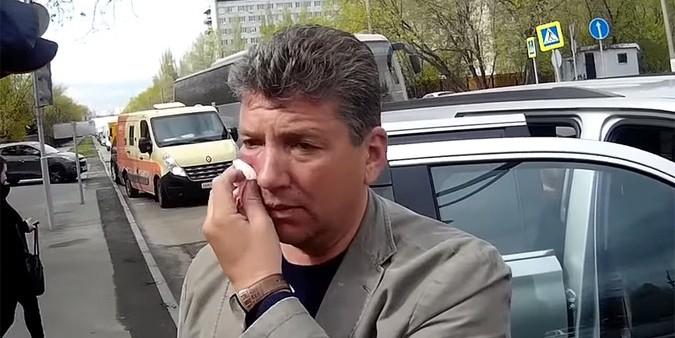 """Напавший на """"Стопхам"""" депутат рассказал свою версию произошедшего"""