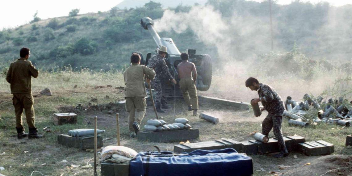 Армения объявила военное положение, идет всеобщая мобилизация