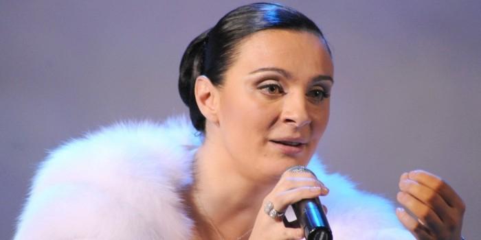 Певица Елена Ваенга госпитализирована в Белоруссии