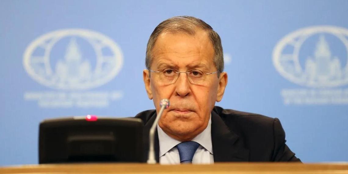 Лавров: Запад использует международные организации, чтобы помешать выборам в Госдуму
