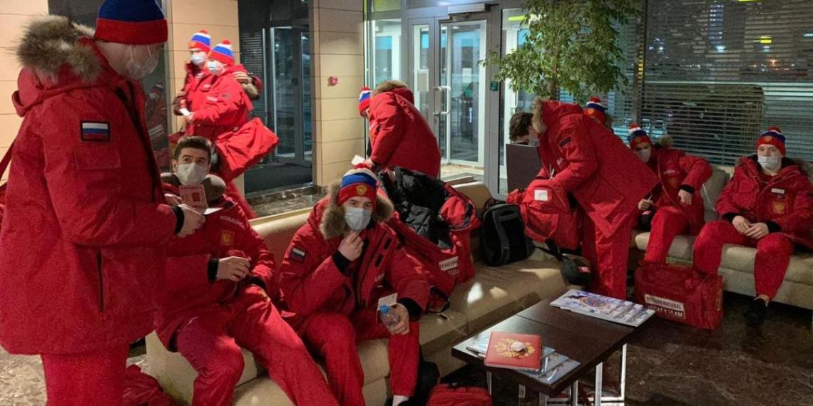 Финские спортсмены пожаловались на певших в самолете российских хоккеистов