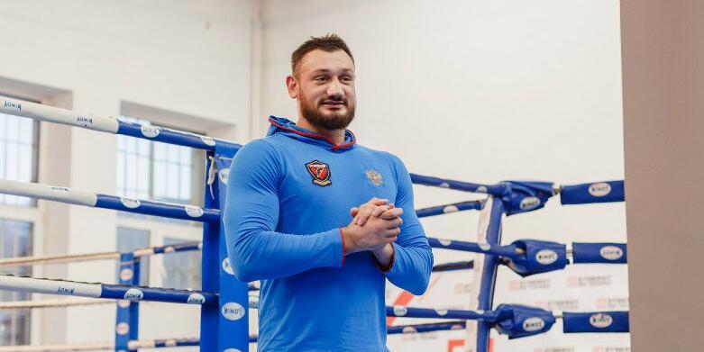 Бывший футболист пообещал с легкостью побить Емельяненко на кулаках