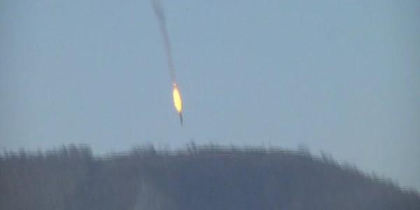 Опубликовано видео крушения военного самолета в Сирии