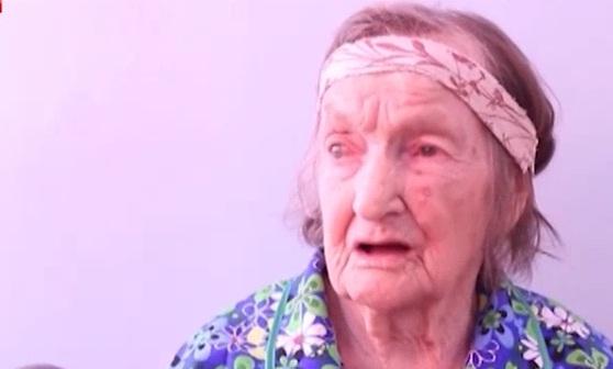 94-летняя ветеран ВОВ тратит всю пенсию на гуманитарку для Донбасса