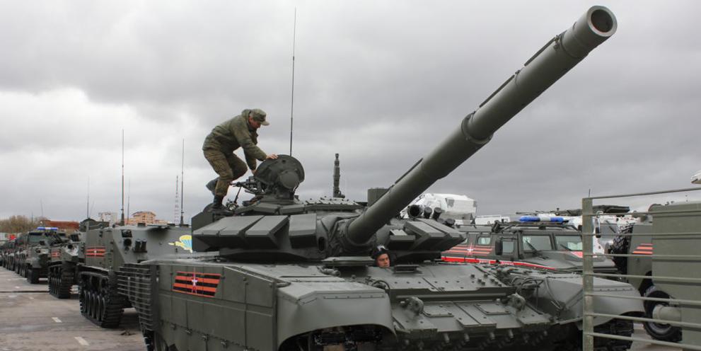 Россия усилит свое присутствие у границ Афганистана новейшими танками