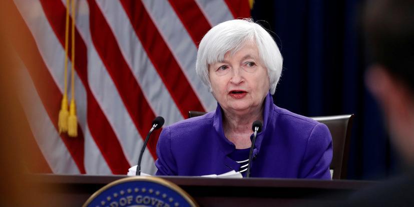 США грозит дефолт уже в августе