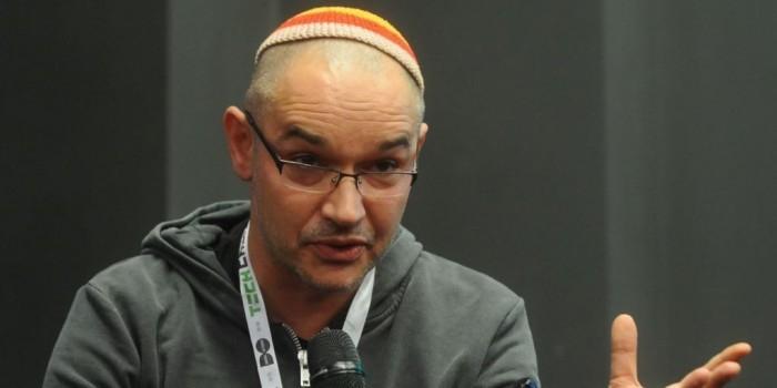 Азербайджан запретил въезд Антону Носику