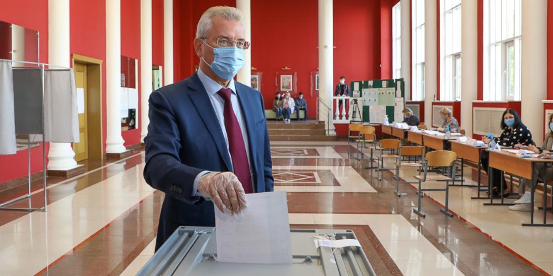 Белозерцев проголосовал на выборах губернатора Пензенской области