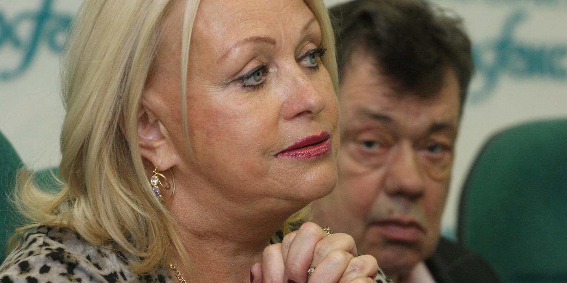 """За мной ухаживают миллионеры"""": 72-летняя вдова Караченцова похвасталась  своими воздыхателями - новости жизни: ruposters.ru"""