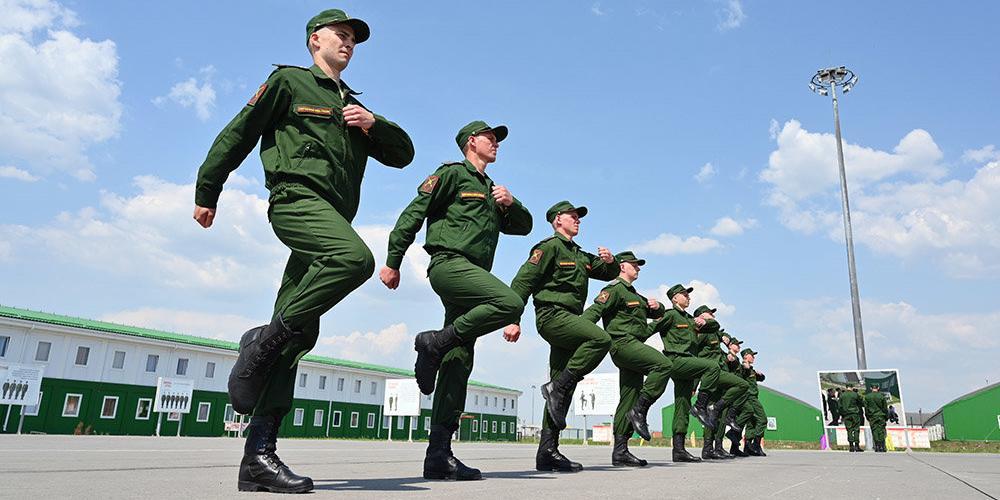 В России начались поиски восьмерых беглых солдат