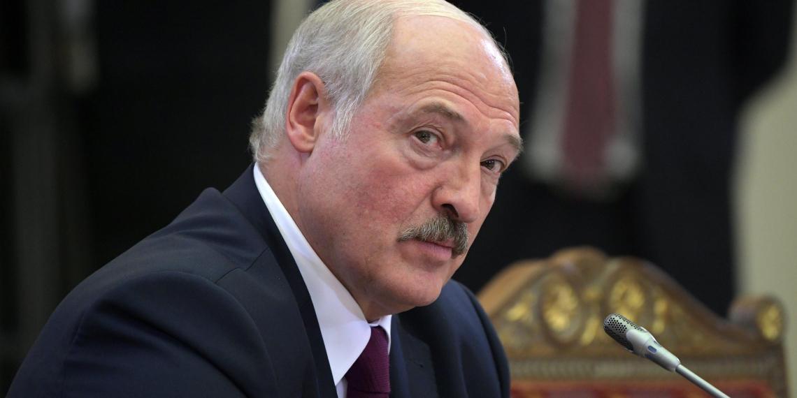 Лукашенко рассказал о зависти россиян к белорусам