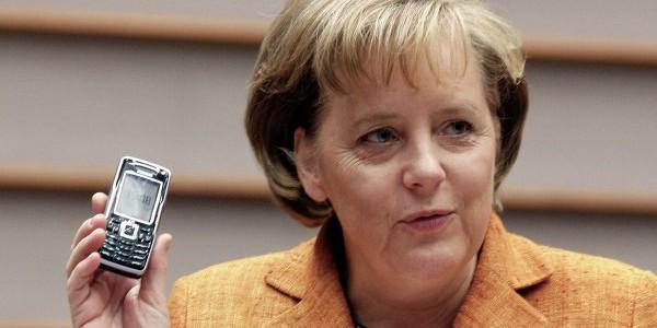 Wikileaks: АНБ США следило не только за Меркель