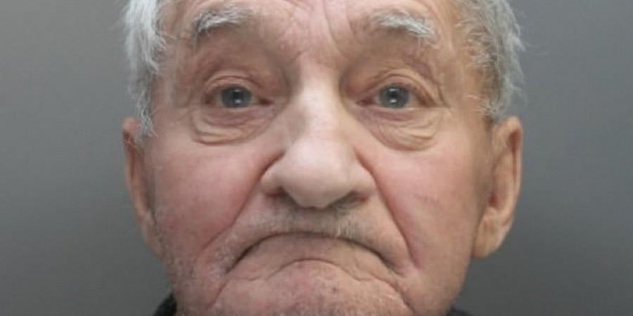 Пенсионера во второй раз посадили в тюрьму за то, что он слишком громко слушал классическую музыку