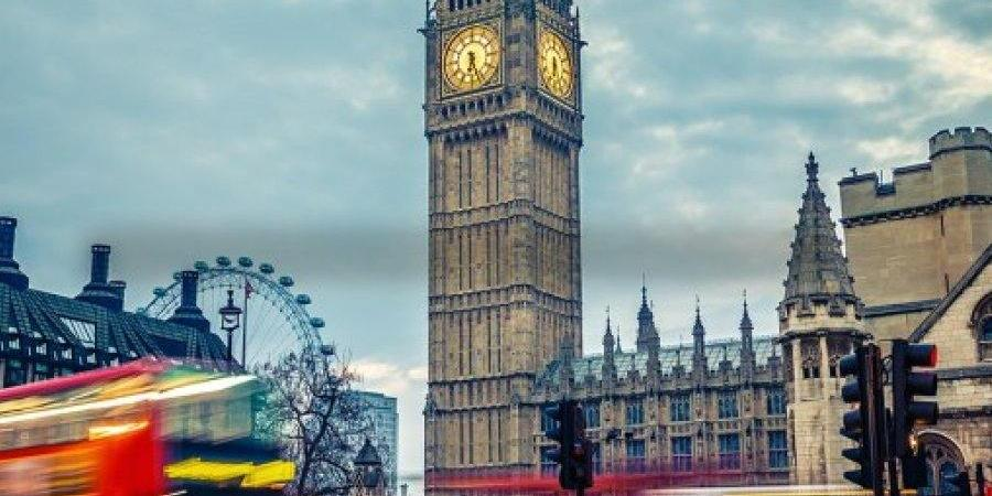В Англии вводится жёсткий карантин из-за COVID-19