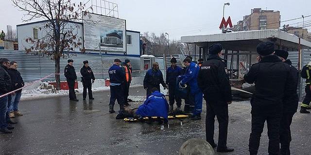 """Опубликовано видео с места взрыва у метро """"Коломенская"""""""