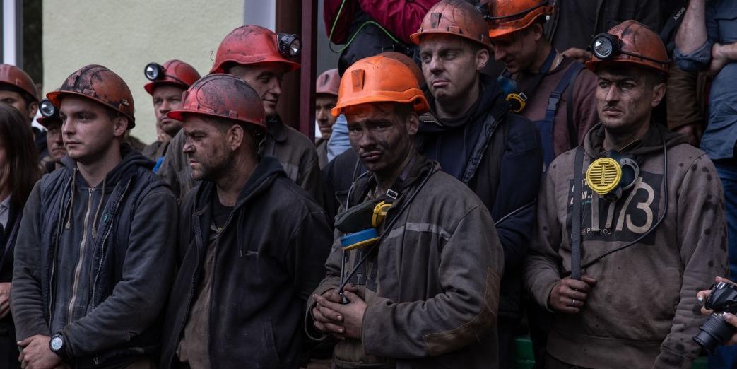 На Западной Украине шахтеры перекрыли дороги после того, как им не помог Зеленский