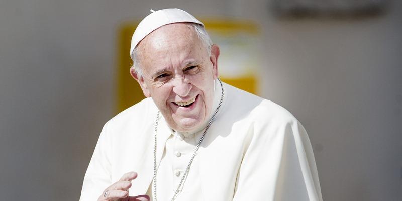 Папа римский рассказал о планах посетить Россию