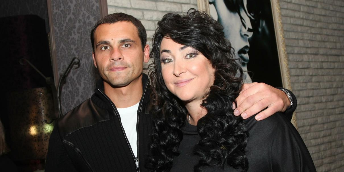 Адвокат Лолиты заявил в полицию на сломавшего челюсть экс-супруга певицы