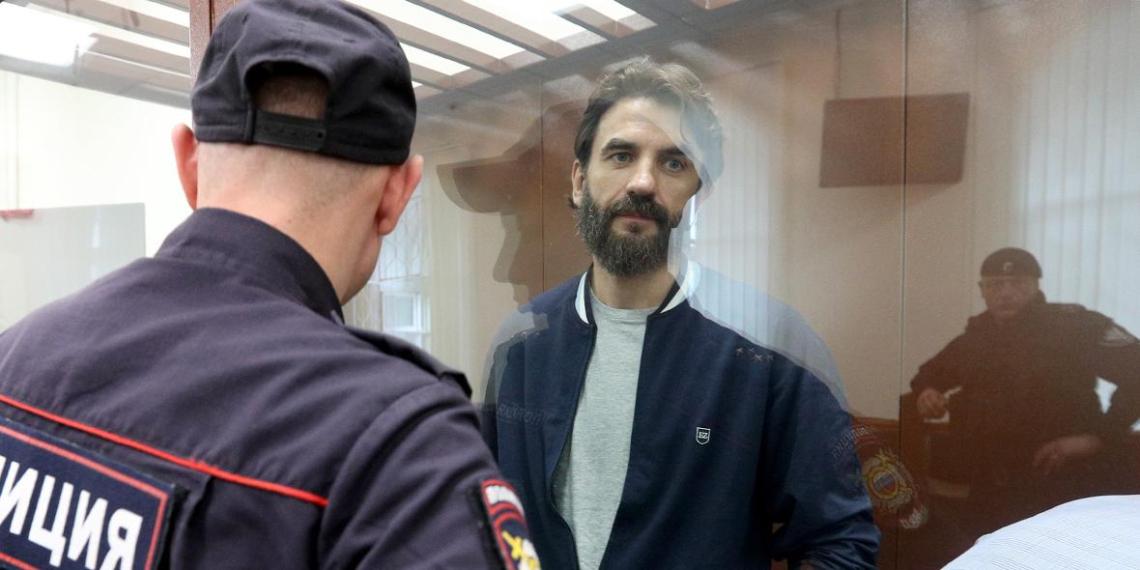 Суд взыскал с экс-министра Абызова более 32 млрд рублей