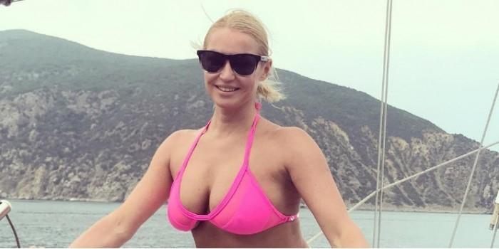 Ухажер Волочковой сделал ей предложение в Крыму