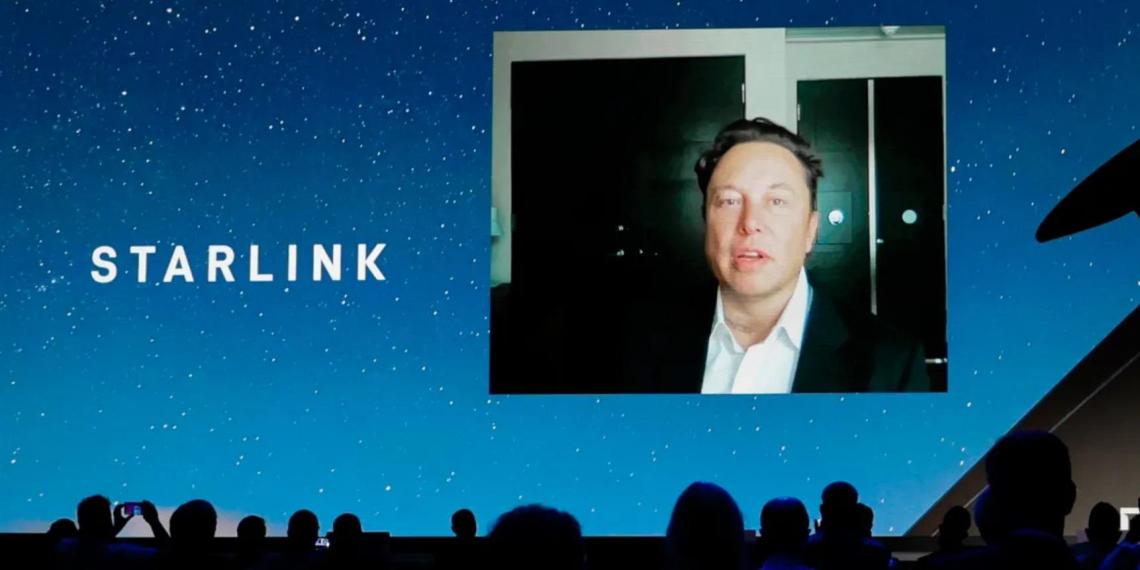 Илон Маск описал перспективы спутникового интернета