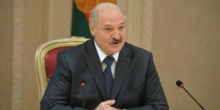 """Лукашенко объявил русский язык """"национальным достоянием"""" Белоруссии"""