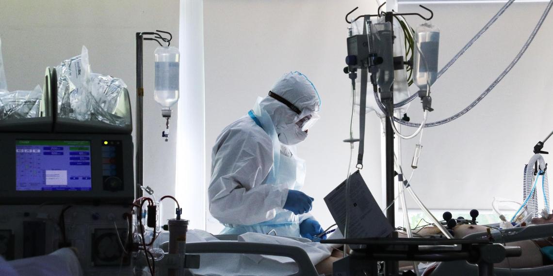 Собянин выделил миллиард рублей на поддержку научных разработок в медицине