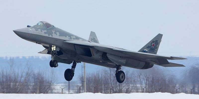 Минобороны определило сроки поставки первых Су-57 российским ВКС