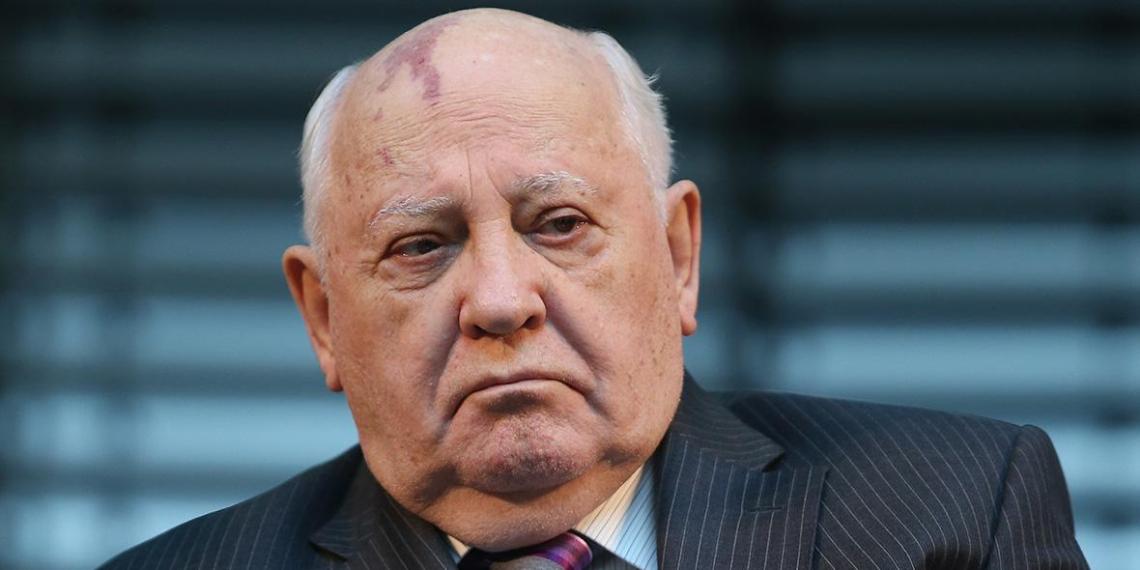 Горбачев стал самым долгоживущим российским правителем