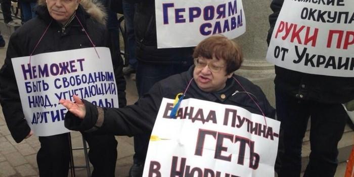 На Западной Украине назвали улицу в честь Валерии Новодворской