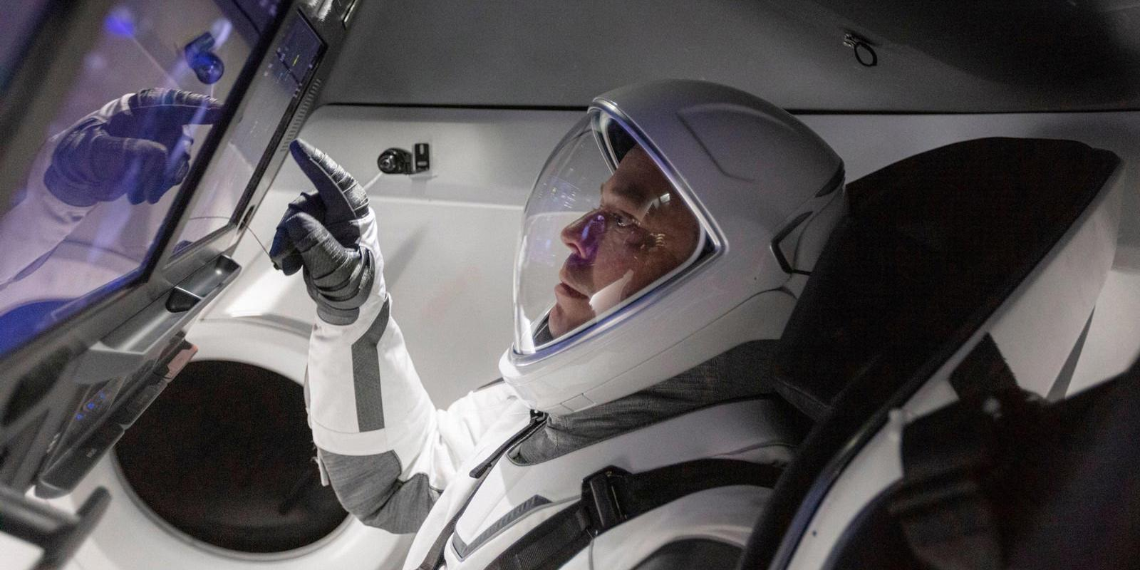 """Российские специалисты: запуск Crew Dragon может стать серьезным ударом по """"Роскосмосу"""""""