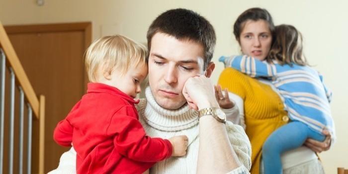 Ученые: уход за детьми ведет к депрессии