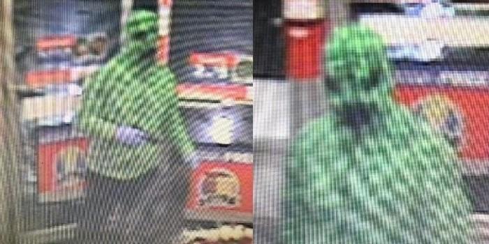 Американец совершил ограбление в костюме монстра из Minecraft