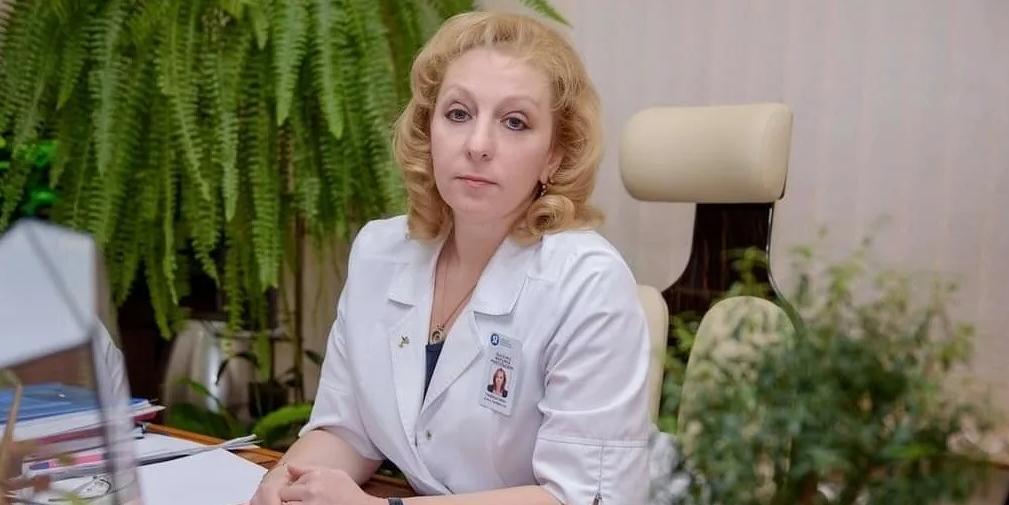"""Без вакцинации мы можем получить такой вирус, против которого вакцина будет неэффективна, — главврач 52-й больницы в эфире Российского общества """"Знание"""""""