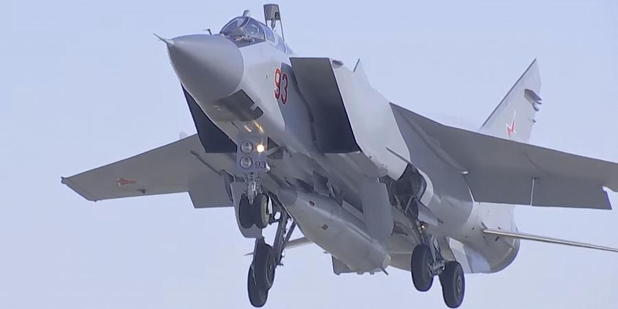 """Минобороны перебросило в Сирию МиГ-31К, способные нести ракеты """"Кинжал"""""""