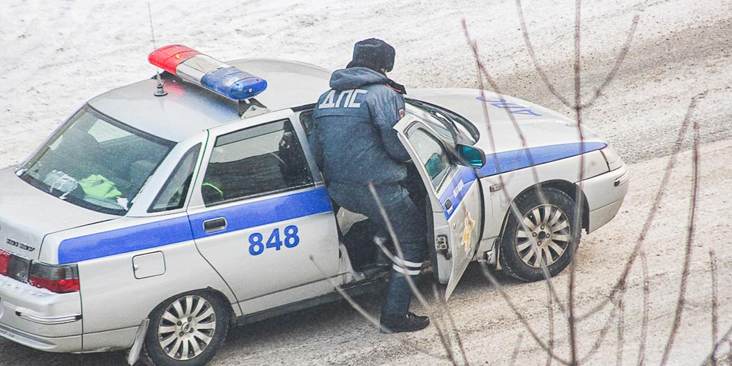 """На трассе """"Кавказ"""" поймали группировку полицейских-вымогателей"""