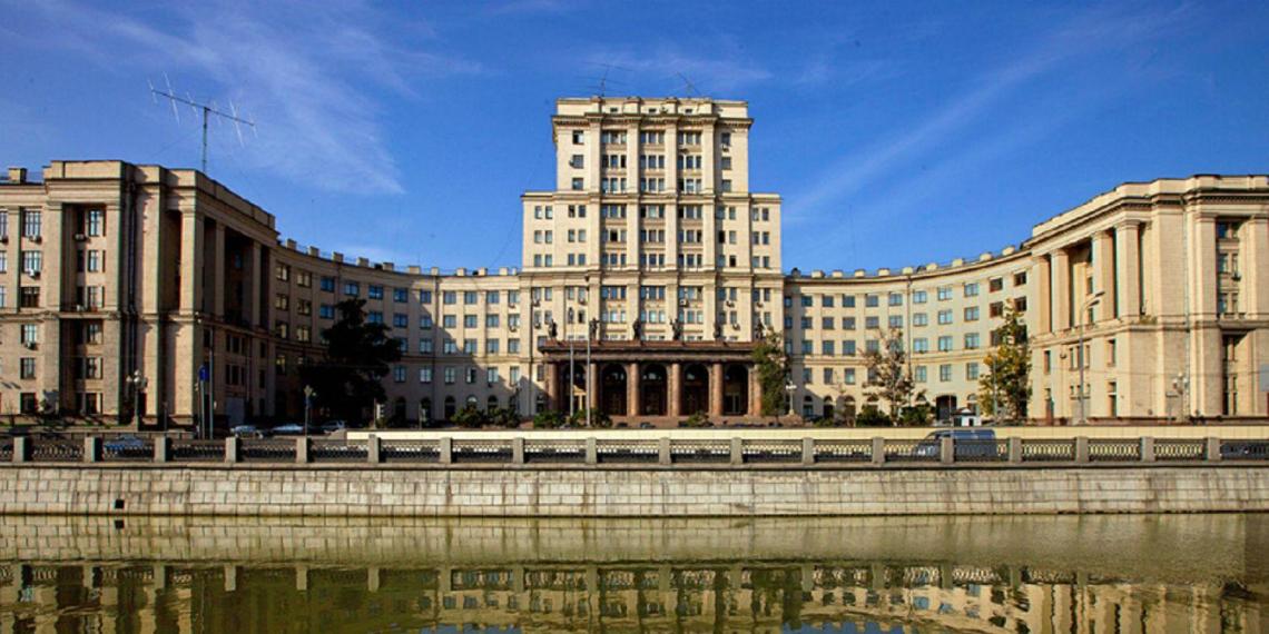 Роспотребнадзор закрыл МГТУ имени Баумана из-за нарушений мер профилактики и роста случаев COVID-19